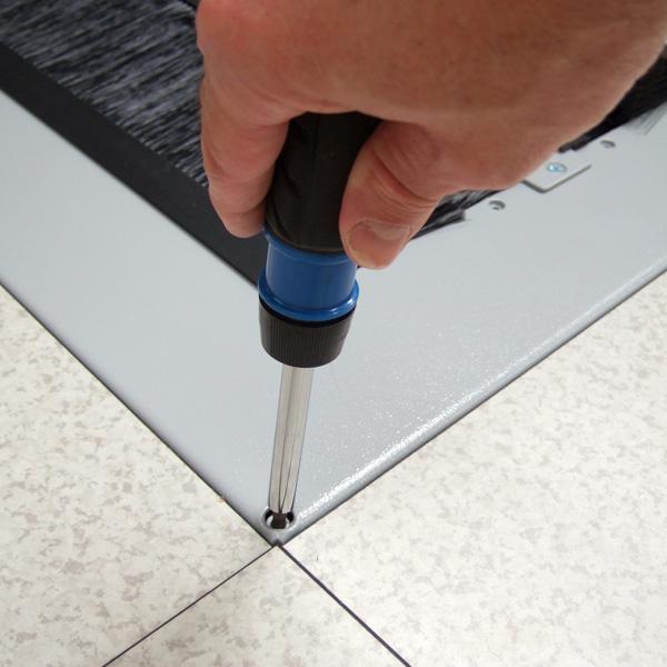 Adjusting the Height Adjustable Brush Floor Tile